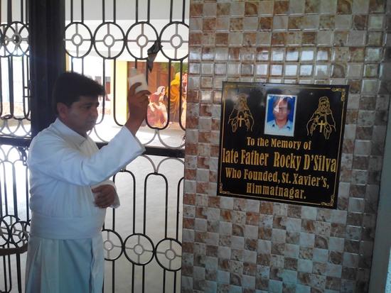 Fr.-Rocky-plaque_09