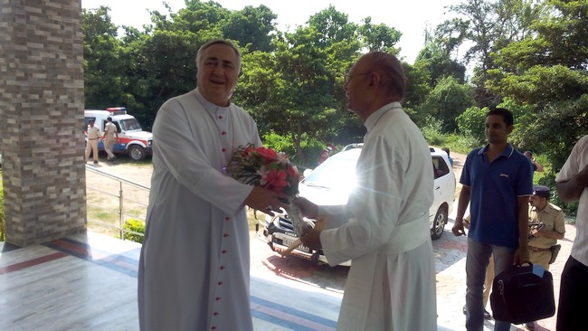 0.1Abp Salvatore welcomed by Abp stany
