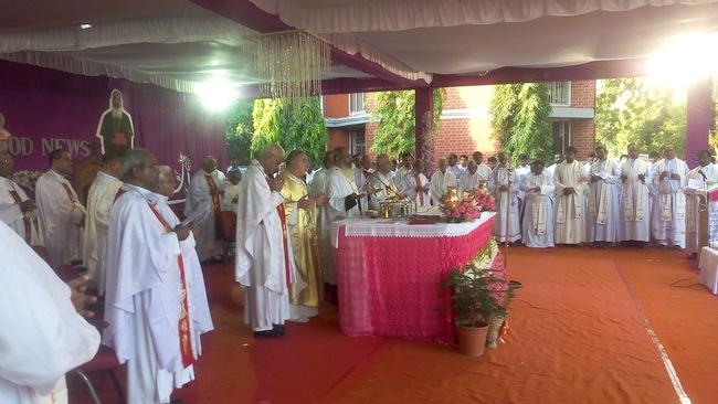 28.Abp Thomas during Echarist