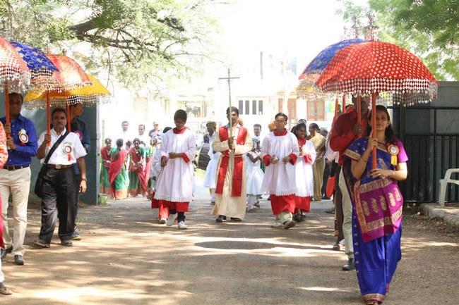 3.Procession