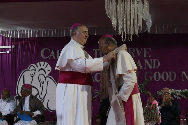 33.Abp Penachio honors Abp Stany