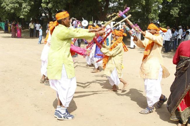 9.Adhivsi dance by Sabarkantha deanery